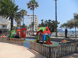 kiddies playpark near beach