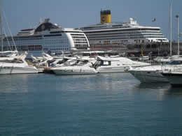 Cruise Ships in Palma Port