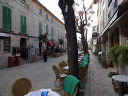 street with cafes valldemossa