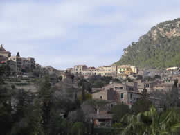 view of valldemossa from Palma road