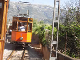 Palma to Soller Train and Tram, Tram from Soller to Puerto Soller